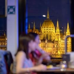Dîner et croisière sur le Danube - duel de pianistes